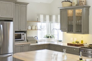 gallery-1427136469-gray-cabinets-painted-de